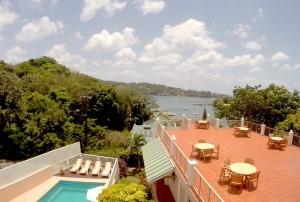 v2-gopro-windowview-pool terrace bay
