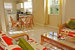 viallapt5-kitchendining-residence