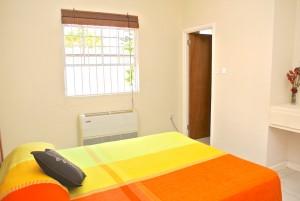 villa2 mainbedroom ensuite
