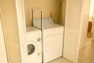 villaapartmentlaundry