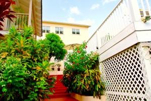 gardenstairs-poolsidetoofficeandvialls5-6